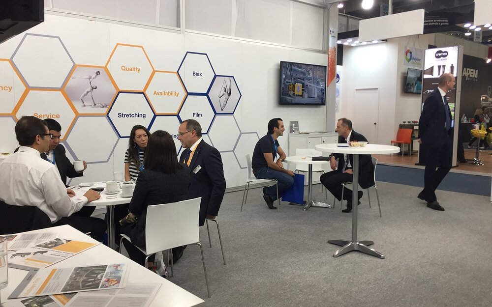Joint Brückner Group booth 5 minutes after Plastimagen opening - a well-attended place for fruitful discussions