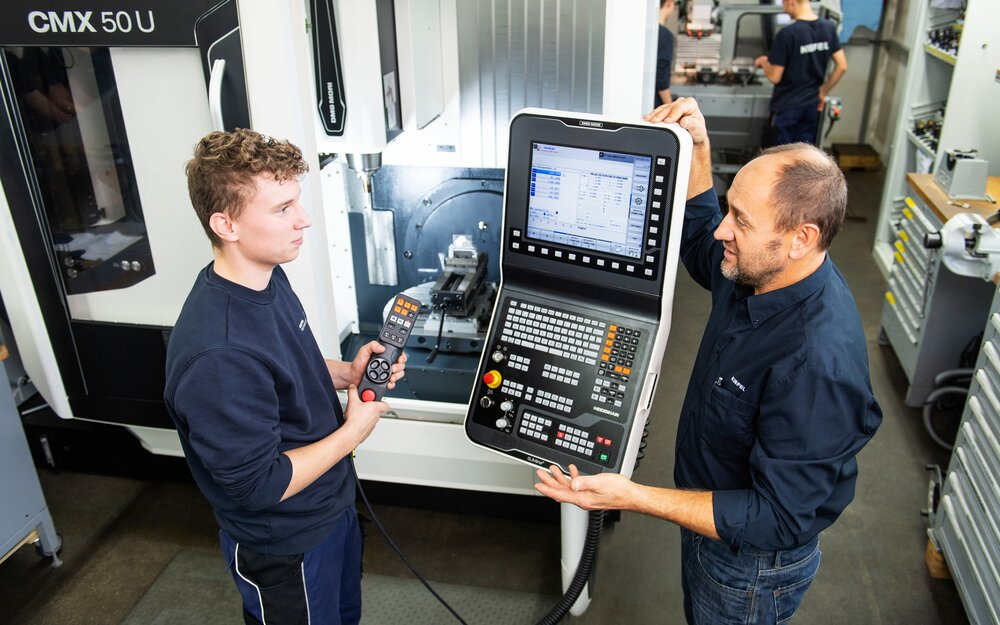 Industrial mechanic training. State of the art machining centers are available