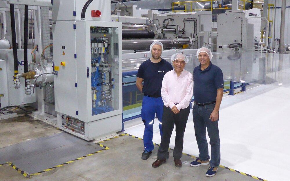 The men behind the success (amongst others, of course): OPP Film's Technical Director Erik Sosa (center), Markus Albrecht (left) and Christoph Bombik (right), both Brückner Maschinenbau