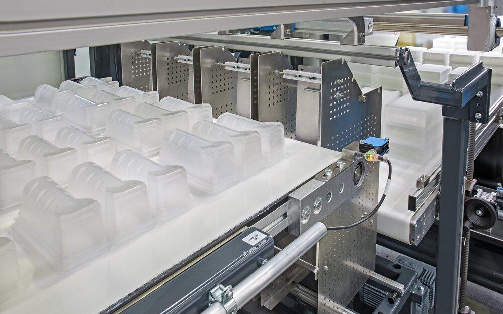 Automatic Pressure Forming Machine - Speedformer KMD 85
