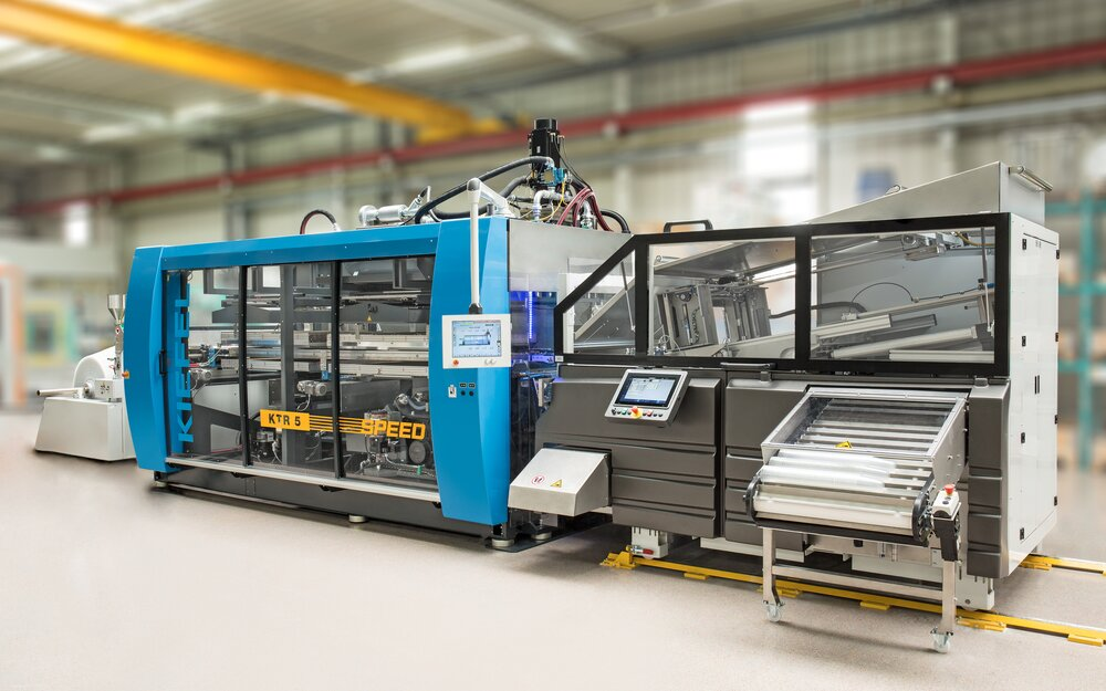 Thermoforming Stacking solution - Pick-up Stacker