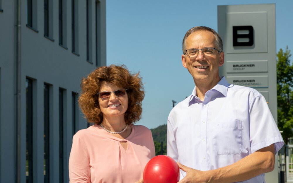 Proud of the Red Dot Award, representing the entire team: Marion & Wolfgang Zintz